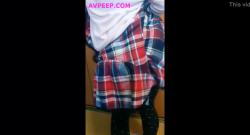 จับสาวน้องสาวนักเรียนหลับจากโรงเรียนแล้วมาจับแก้ผ้า